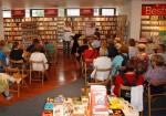 19.9.2014: Immer wieder schön - Lesung inmitten von 100 000 Büchern beim Mainzer Hugendubel.
