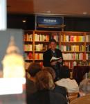 22.11.2013: Trotz 100 000 anderer Bücher dürfen Tinne und Elvis im Mittelpunkt stehen.